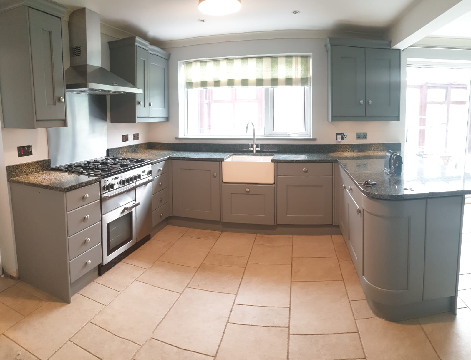 Kitchen Respray and Spray Paint Kitchen Cabinets Costs ...