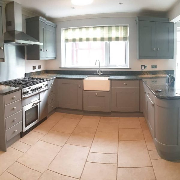 Kitchen respray in grey